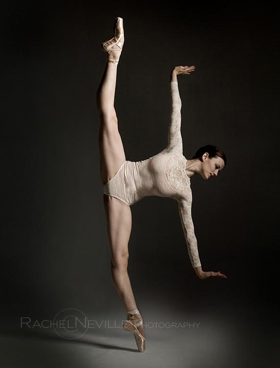 dancer poses contemporary