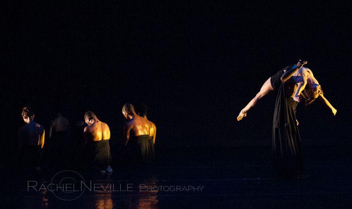 dance iquail live performance photo by dance photographer rachel neville