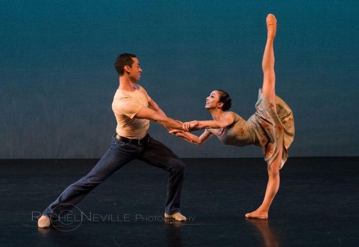 contemporary dance pas de deux man woman arabesque rachel neville photography