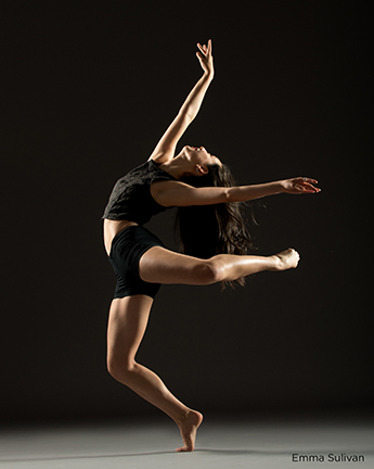 Audition photo shoot how to find the right lines for your for Contemporary dance classes nyc